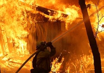 Cháy rừng ở California bùng phát dữ dội