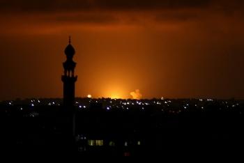 Video: Israel bất ngờ bị 13 quả tên lửa tấn công