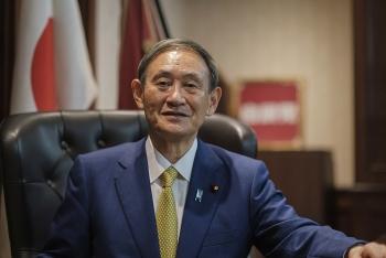 Chân dung tân Thủ tướng Nhật Bản Yoshihide Suga: Từ nông dân trồng dâu tây đến chính trị gia