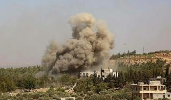 Chiến đấu cơ Nga bất ngờ oanh tạc lực lượng đối lập Syria