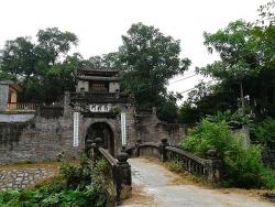 Về thăm Ước Lễ, ngôi làng cổ kính nổi tiếng không chỉ bởi giò chả ngon
