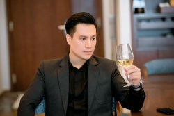 Bày tỏ sự bức xúc với công ty bảo hiểm, trang cá nhân của Việt Anh bị đánh sập