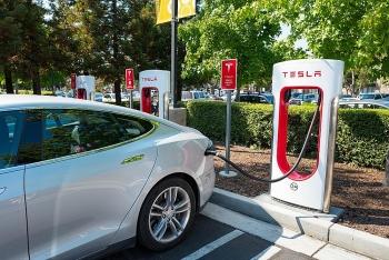 Tại sao nhiều người Trung Quốc lựa chọn mua các xe điện địa phương như Nio thay vì Tesla