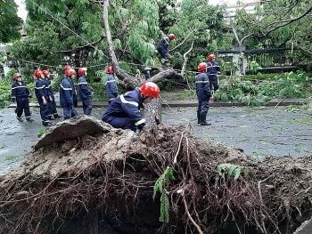 Huế: Thêm 2 người tử vong vì bão số 5