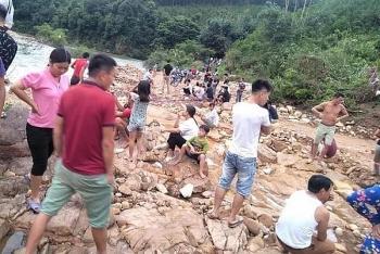 Vụ hai vợ chồng ở Quảng Ninh đi bắt cá, bị nước cuốn trôi: Tìm thấy thi thể nạn nhân