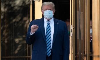 Tổng thống Trump xuất viện sau 4 ngày điều trị COVID-19