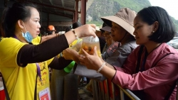 can canh khu bep co 800 tinh nguyen vien phuc vu dai le vesak 2019