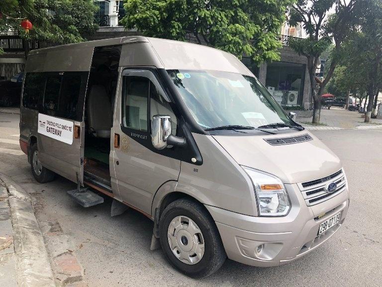xe dua don be trai truong gateway tu vong la xe hoat dong khong phep