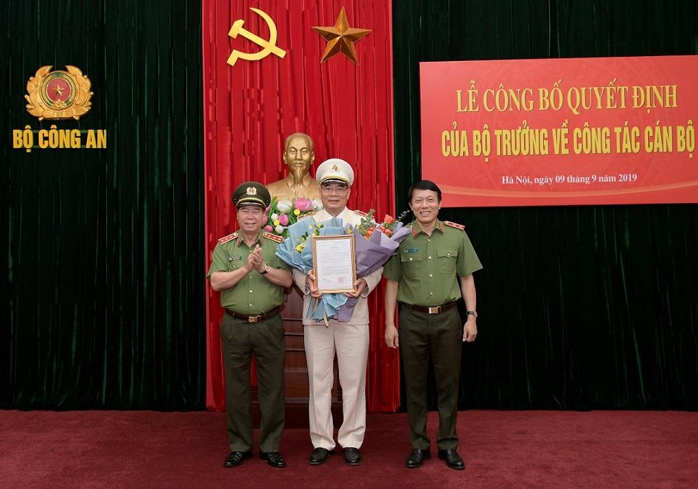 giam doc cong an bac giang to an xo giu chuc vu chanh van phong bo cong an