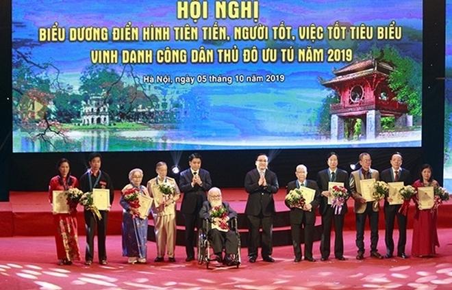 vinh danh 10 cong dan thu do uu tu nam 2019