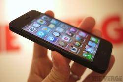 apple bi phat 25 trieu euro vi co tinh lam cham iphone cu