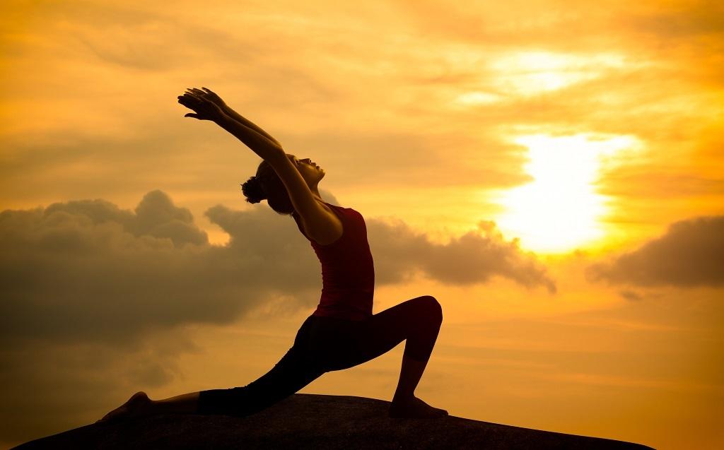ngay quoc te yoga lan thu 5 duoc to chuc sang 296 tai svd ho xuan huong