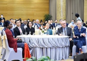 Tôn vinh hai cá nhân xuất sắc của Việt Nam trong bảo tồn và quảng bá ngôn ngữ Pháp