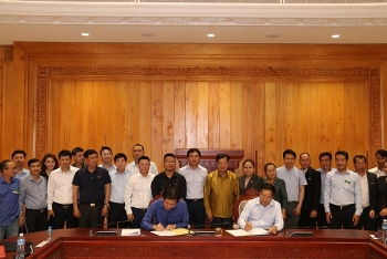 Việt Nam bàn giao Nhà Quốc hội mới của Lào để phục vụ Kỳ họp thứ nhất Quốc hội Khóa IX