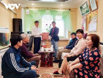 Chia sẻ ý tưởng về các mô hình kinh tế mới giúp người Việt tại Nam Ukraine vượt qua đại dịch