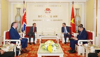 Bộ Công an Việt Nam và Bộ Nội vụ Vương quốc Anh đẩy mạnh hợp tác phòng, chống tội phạm