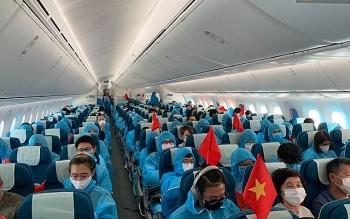 Cho phép các hãng hàng không trong nước tổ chức chuyến bay đưa công dân Việt Nam bị mắc kẹt về nước