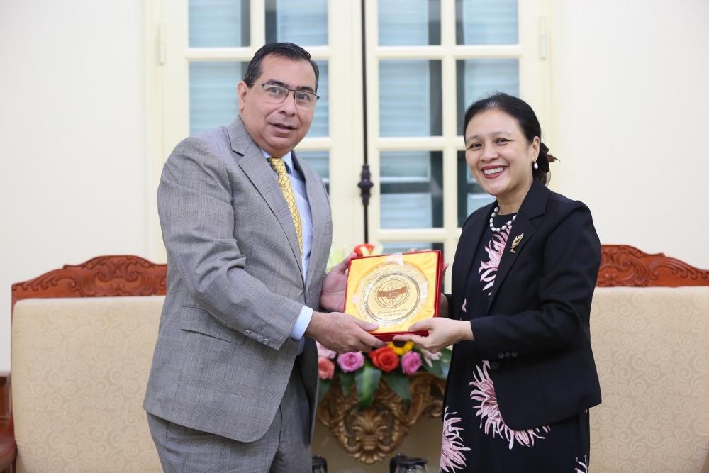 VUFO mong muốn Đại sứ quán Panama tại Việt Nam chia sẻ những sáng kiến tổ chức hoạt động giao lưu hữu nghị