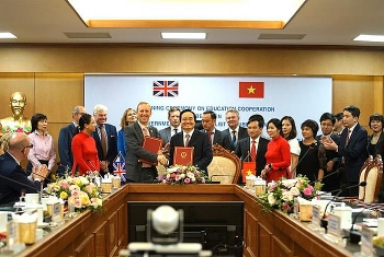 Phát triển mối quan hệ đối tác lâu dài, bền vững và chất lượng cao về giáo dục Việt Nam - Anh