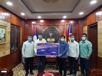 Nhiều địa phương Lào tiếp tục hỗ trợ Việt Nam ứng phó với dịch COVID-19