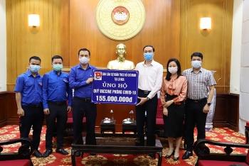 Thanh niên Việt tại Nga ủng hộ 155 triệu đồng cho Quỹ vắc-xin phòng chống dịch COVID-19