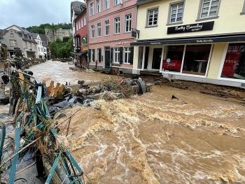 Người Việt tại Đức giúp đỡ nước sở tại khắc phục hậu quả lũ lụt