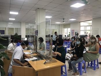 Tiếp tục tiêm vaccine ngừa COVID-19 cho 200 cán bộ, nhân viên tổ chức PCPNN tại TP.HCM