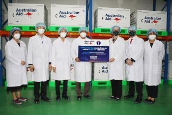 TP.HCM tiếp nhận lô vaccine đầu tiên trong 1,5 triệu liều vaccine mà Australia cam kết hỗ trợ Việt Nam