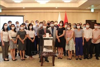 Triển khai toàn diện và mạnh mẽ hơn nữa công tác người Việt Nam ở nước ngoài