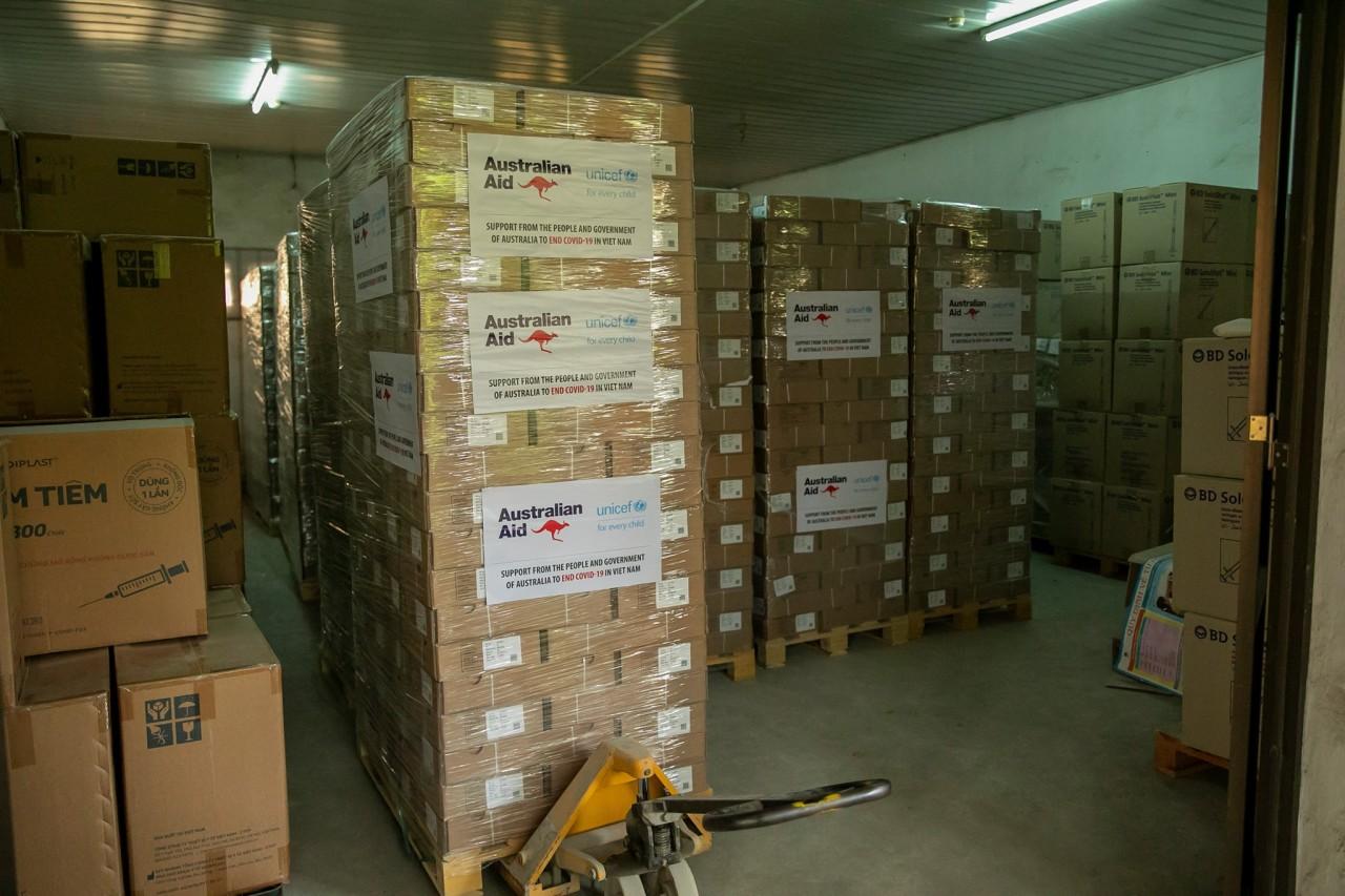 50.000 hộp an toàn do Chính phủ Australia hỗ trợ đã đến Việt Nam