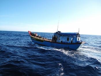 500 giờ cùng ngư dân trên biển