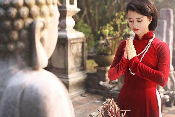 Kinh nghiệm đi lễ chùa dịp Tết Nguyên đán