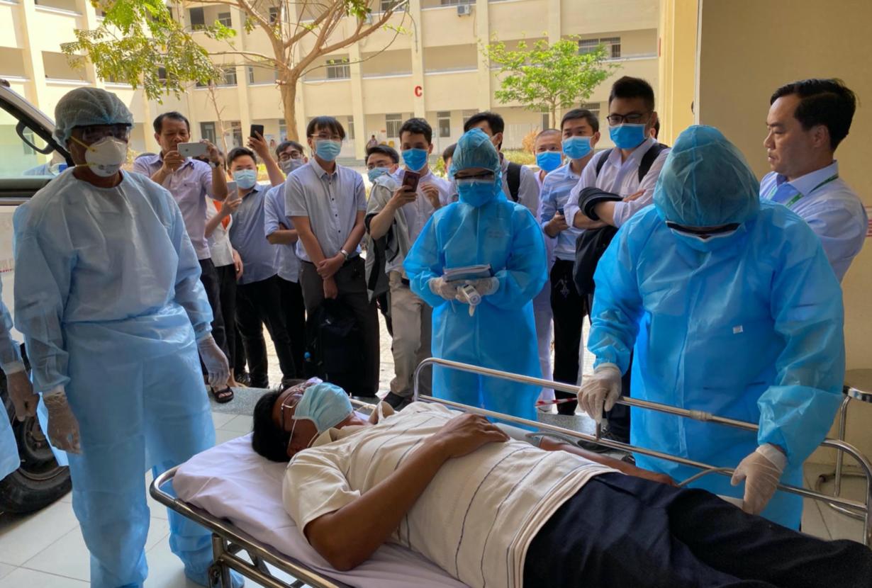 Dịch Covid-19 tại Việt Nam: Chống dịch như chống giặc