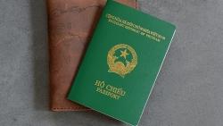 Muốn nhập quốc tịch Việt Nam, người nước ngoài cần chuẩn bị hồ sơ, thủ tục gì?