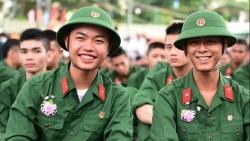 tuyen sinh 2019 luong thi sinh xet tuyen truong quan doi giam