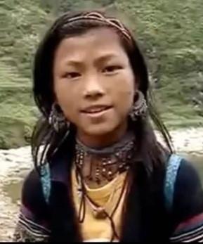 co be nguoi hmong noi tieng anh nhu gio da ly hon chong bi