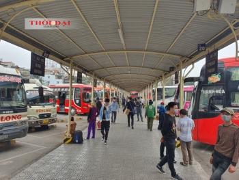 Chưa cần hạn chế hành khách, bến xe Hà Nội đã đìu hiu sát Tết