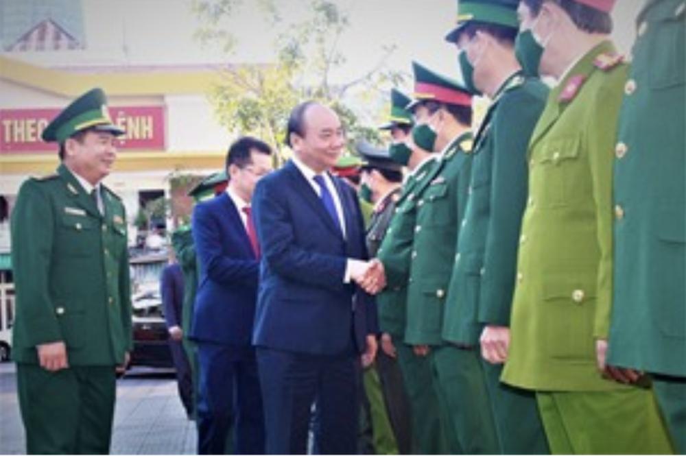 Thủ tướng Nguyễn Xuân Phúc chúc Tết các đơn vị lực lượng vũ trang TP. Đà Nẵng