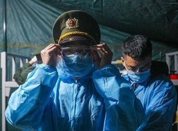 Tăng cường 500 cán bộ chiến sỹ công an về Hải Dương chống dịch