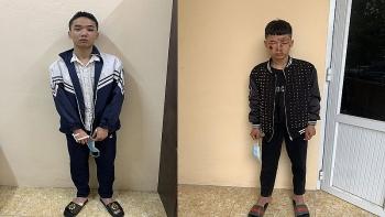 """Vụ đâm gãy tay, chân Thượng uý CSGT: 2 thanh niên """"thông chốt"""" bị khởi tố"""