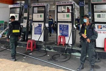 Bắt thêm 2 đối tượng trong chuyên án xăng giả cực lớn tại Đồng Nai