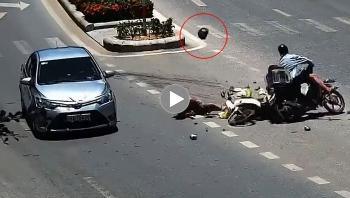 Sang đường bất cẩn người đàn ông bị ô tô đâm ngã xuống đất