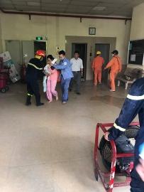 Hàng chục người thoát chết trong vụ cháy chung cư A5 - Đền Lừ