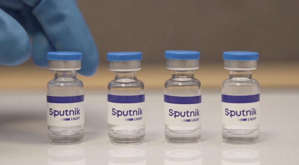 Vaccine Sputnik Light tiêm 1 liều của Nga được đưa vào sử dụng