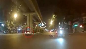 Ô tô phóng nhanh gây tai nạn rồi bỏ chạy khiến nhiều người phẫn nộ