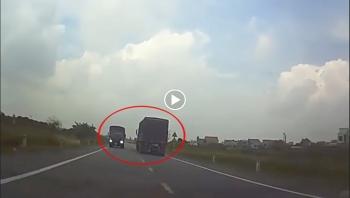 Tài xế buồn ngủ, lao thẳng vào xe tải ngược chiều