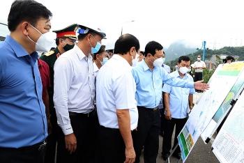 Phó Thủ tướng Chính phủ Lê Văn Thành: Thực hiện thật nghiêm các quy định về bảo đảm an toàn hồ đập