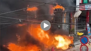 Toàn cảnh cháy lớn tại cửa hàng gas ở Sa Pa