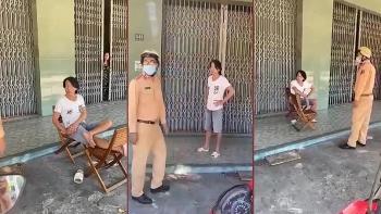 Người đàn ông vác ghế tấn công tổ tuần tra vì bị nhắc nhở đeo khẩu trang