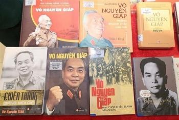 Trưng bày triển lãm kỷ niệm ngày sinh Đại tướng Võ Nguyên Giáp